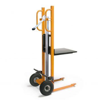 Materiaalheffer met platform - luchtbanden - 250 kg