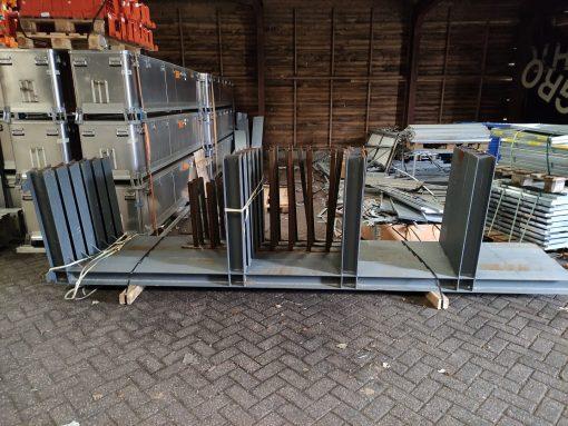 Gebruikte draagarmstelling 435 x 100 cm (hxd) - enkelzijdig - 500 kg
